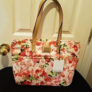 Calvin Klein purse ☀️Summer Purse Sale☀️